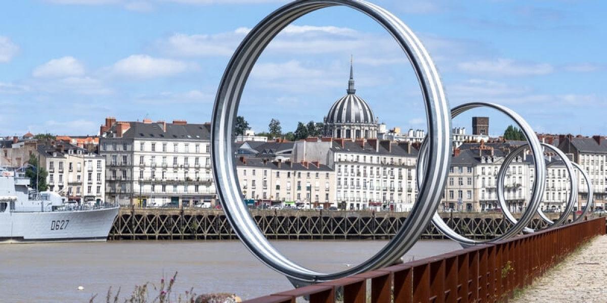 scpi immobilier - Nantes vue d'un pont