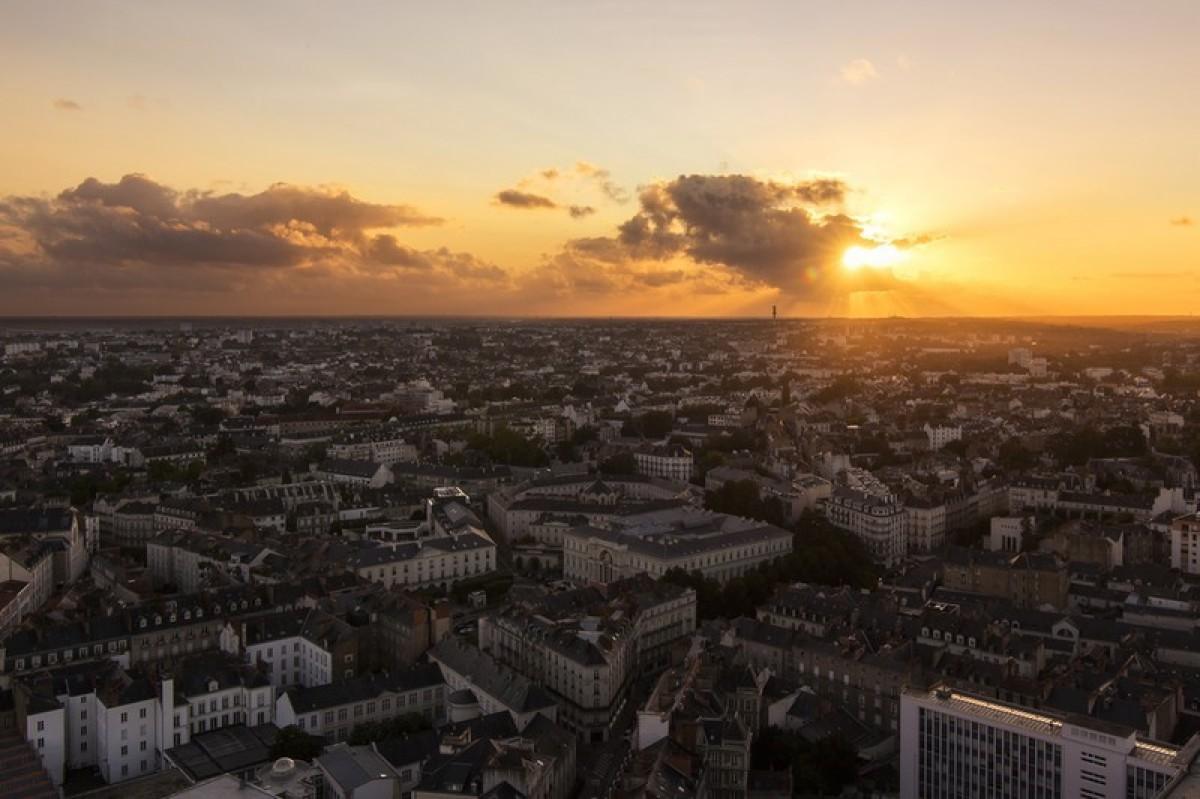 Nantes au coucher du soleil