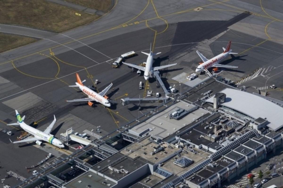 Vue du ciel de l'aéroport Nantes Atlantique
