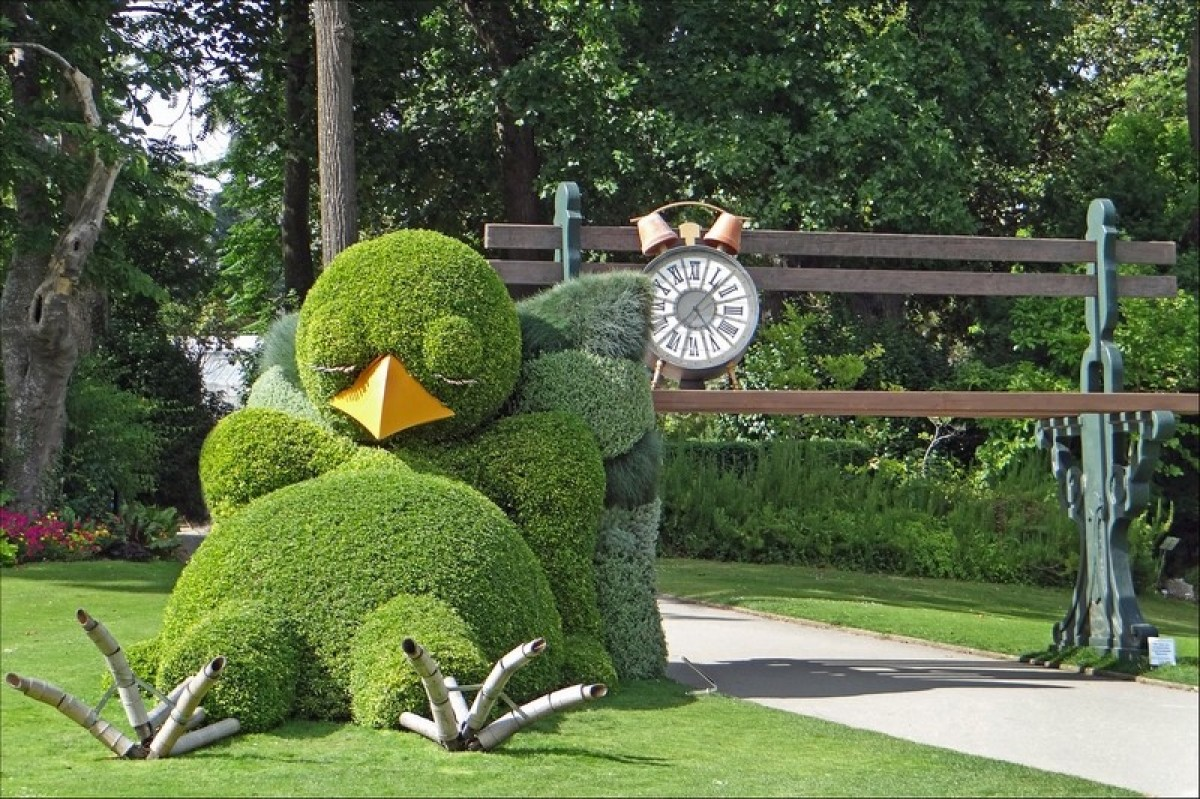 Une sculpture végétale au jardin des plantes de Nantes