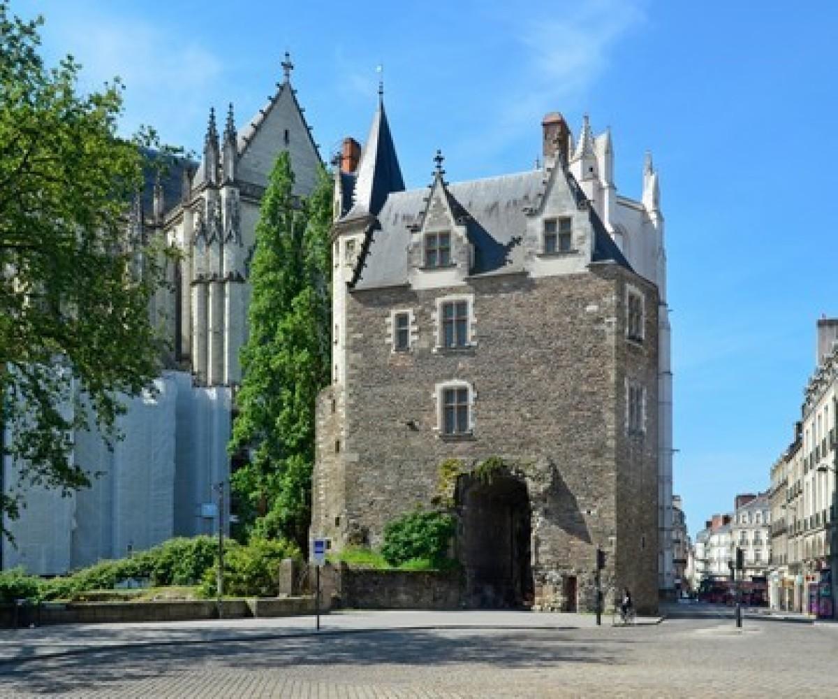 Histoire de Nantes - La porte Saint-Pierre