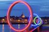 Les anneaux de Buren sur le quai des Antilles