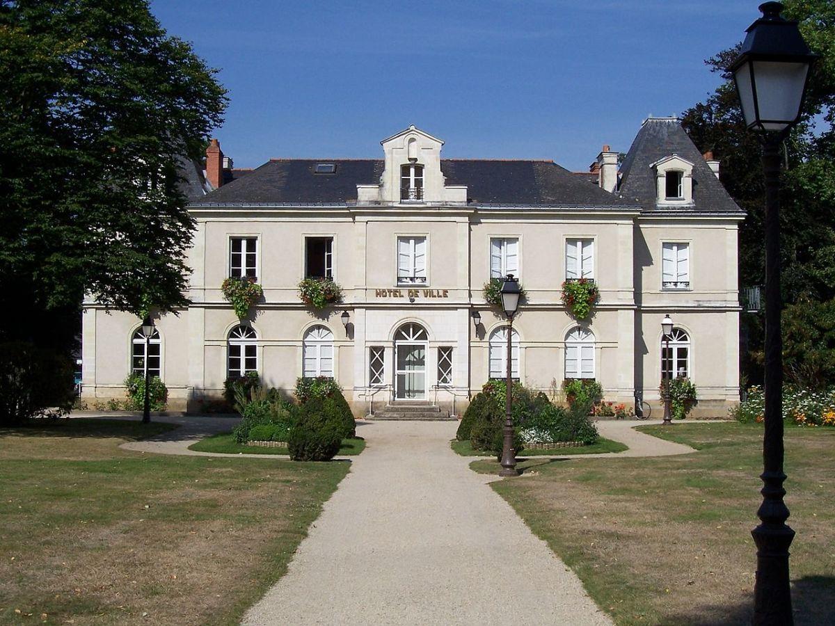 Hôtel de ville de la Chapelle-sur-Erdre