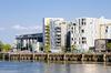 Vue sur des immeubles modernes à Nantes