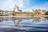 Immobilier neuf à Nantes – vue sur le Château des Ducs de Bretagne et sa fontaine miroir
