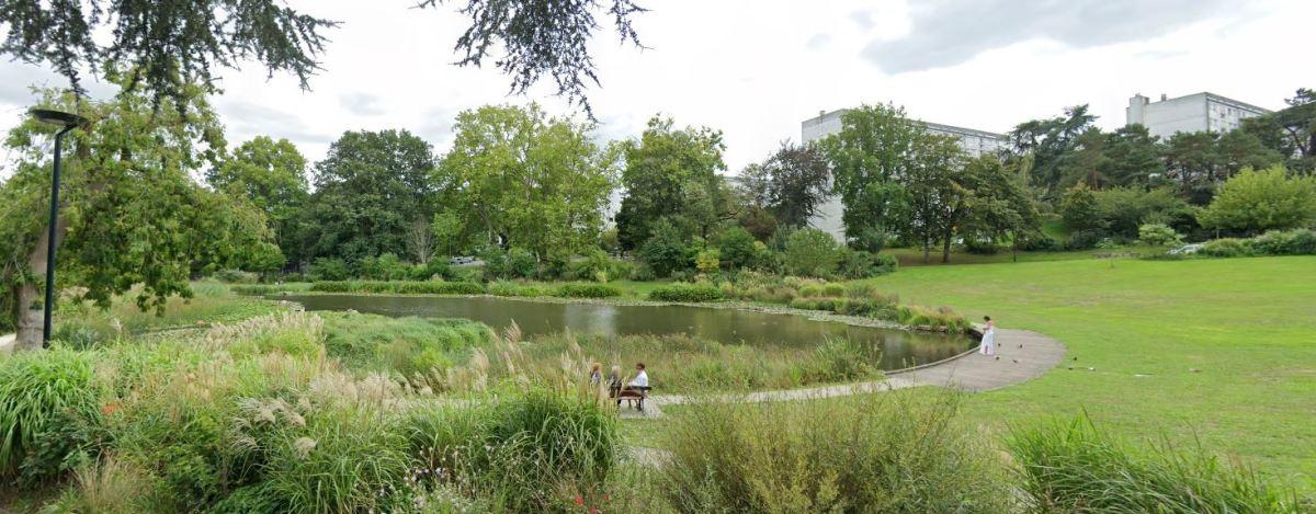 Ferme urbaine à Nantes – vue sur le parc des Dervallières