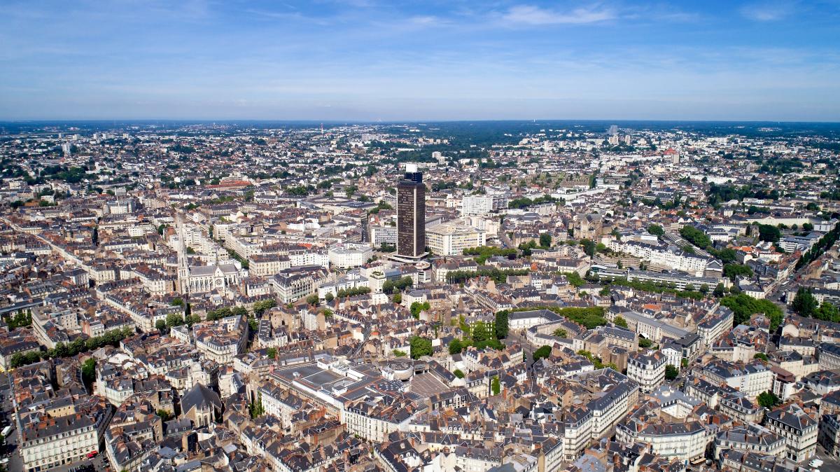 prix immobilier nantes - vue aérienne de la ville de Nantes