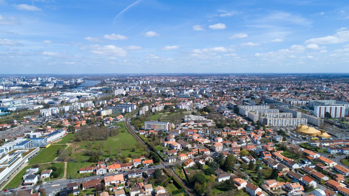 rezé chateau - Vue aérienne de la ville de Rezé