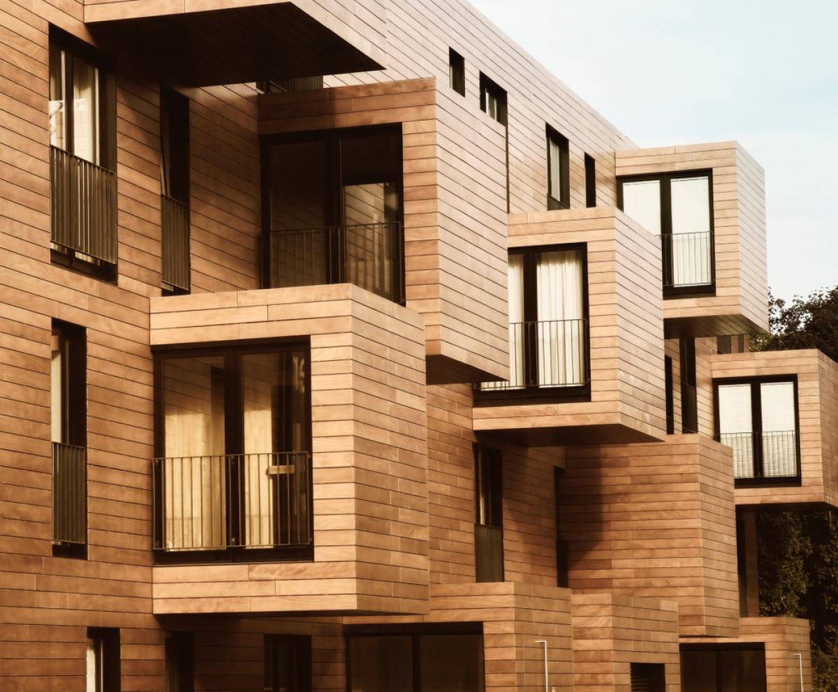 Immobilier écologique – façade d'immeuble en bois