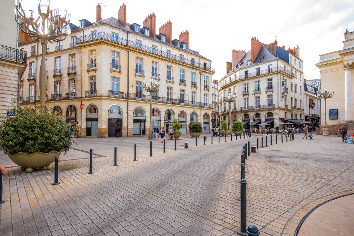 tendance marché immobilier nantes - la place Graslin à Nantes