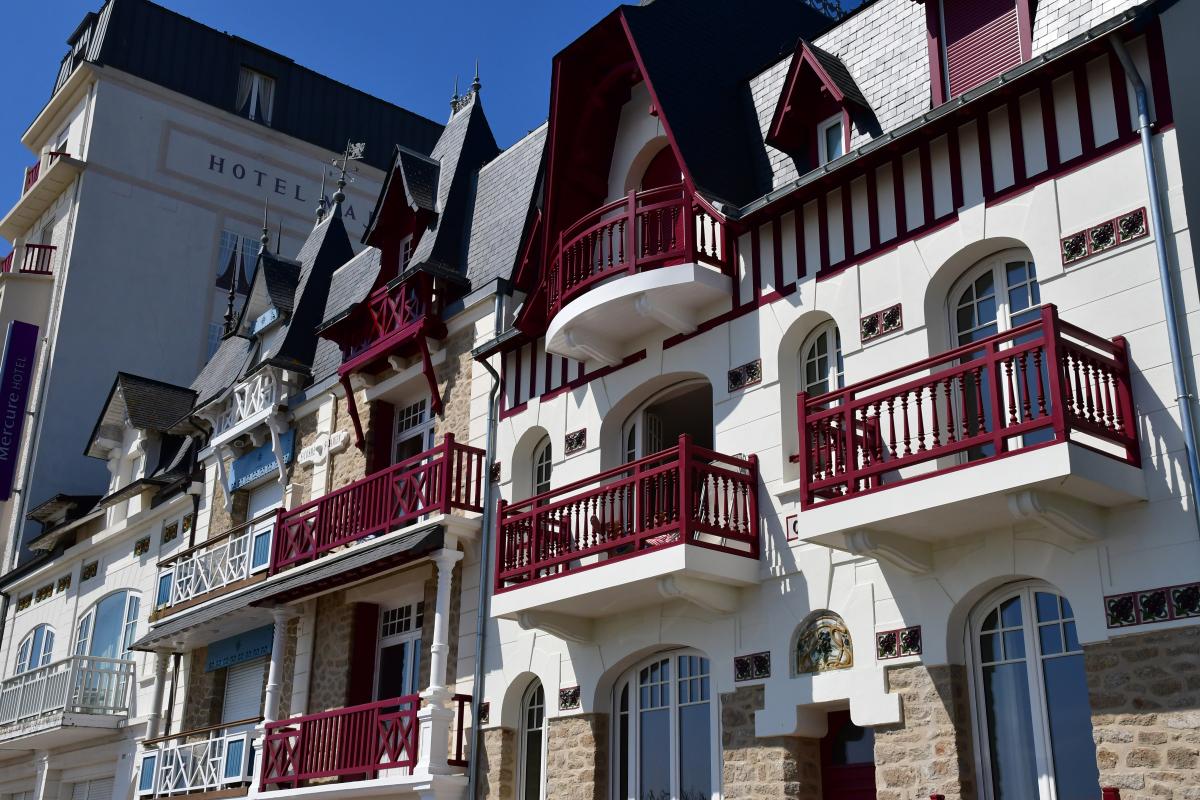 tendance marché immobilier nantes - façades typiques de la Baule-Escoublac