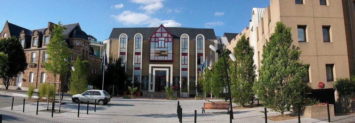 Où investir à Nantes – vue sur la mairie de Saint-Herblain