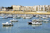 Résidence secondaire près de Nantes – Vue du port de Pornichet avec la plage et des programmes immobiliers en fond