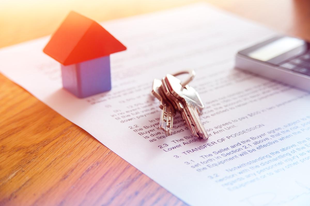 Loi 4D – Petite maison et clé sur un bail de location