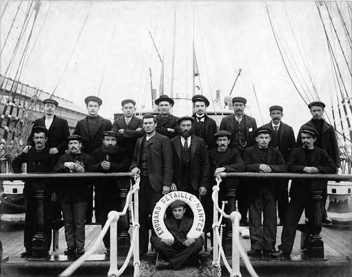 Hangar 32 Nantes – photo de l'équipe des Chantiers de la Loire de Nantes en 1901